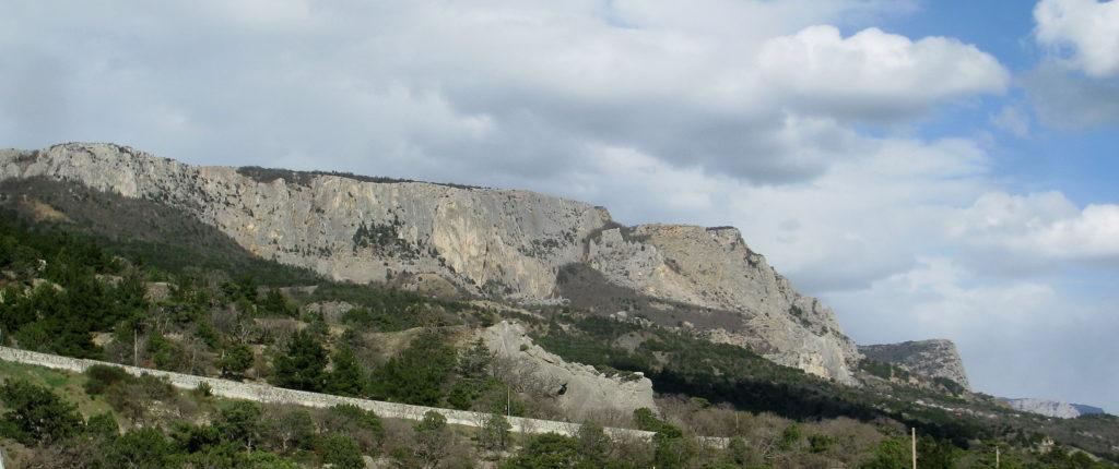 Мыс Сарыч. Главная гряда Крымских гор